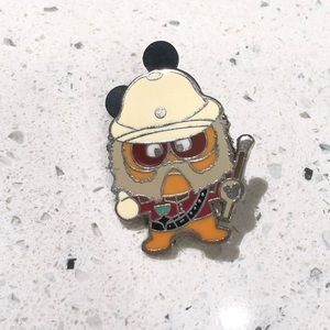 Disney Pin | Deebee Colonel | Pin Trading